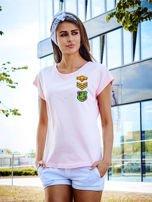 T-shirt damski różowy z naszywkami ARMY                                  zdj.                                  1