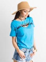 T-shirt damski z kolorowymi pomponikami niebieski                                  zdj.                                  3