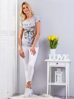 T-shirt jasnoszary z motylem                                  zdj.                                  5