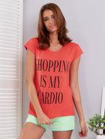 T-shirt koralowy SHOPPING IS MY CARDIO                                  zdj.                                  1