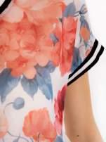 T-shirt w kwiatowy wzór ze sportową lamówką                                  zdj.                                  3