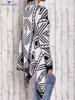 TOM TAILOR Biały asymetryczny sweter w graficzne wzory                                  zdj.                                  2