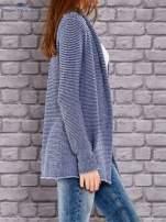 TOM TAILOR Niebieski otwarty sweter w drobne paski                                  zdj.                                  2