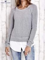 TOM TAILOR Szary sweter z koszulą