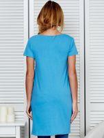 Tunika bawełniana niebieska z okrągłym nadrukiem                                  zdj.                                  2