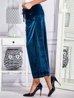 Welurowe spodnie flare z troczkami turkusowe                                  zdj.                                  5
