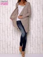 Wielokolorowy sweter z otwartym dekoltem                                  zdj.                                  2