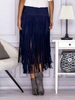 Zamszowa midi spódnica boho z frędzlami ciemnoniebieska                                  zdj.                                  2