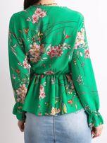 Zielona bluzka w kwiaty z falbaną                                  zdj.                                  2