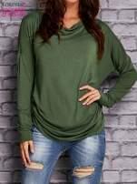 Zielona bluzka z lejącym dekoltem                                  zdj.                                  1