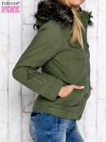 Zielona kurtka z futrzaną podszewką                                  zdj.                                  3