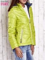Zielona pikowana kurtka z wykończeniem w groszki                                  zdj.                                  3