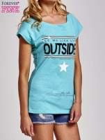Zielony t-shirt z napisem OUTSIDER                                  zdj.                                  3