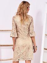 Złota koronkowa sukienka z szerokimi rękawami                                  zdj.                                  2