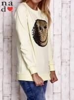 Miętowa bluza z dwustronną naszywką z cekinów                                                                          zdj.                                                                         3